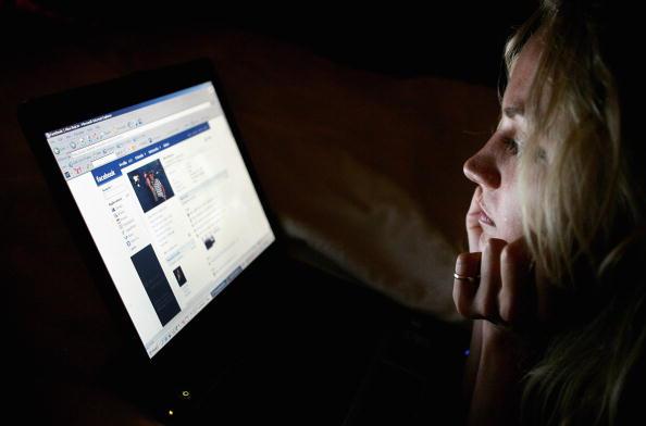 Фейсбук депресия