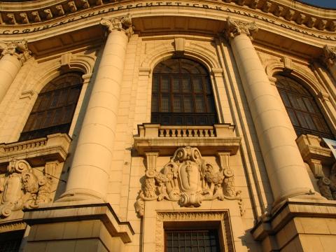 Софийският университет ще се сдобие и с училище