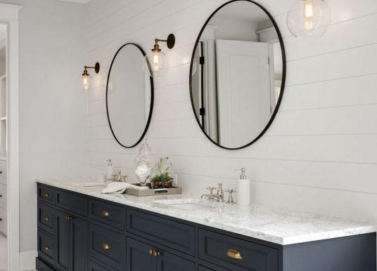 Как да организираме осветлението в банята